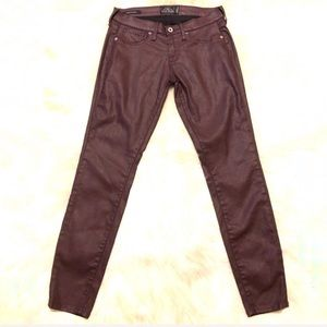 🌺Lucky Brand Charlie Coated Skinny Jeans